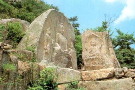 Buddhist sculptures of Namsan, Gyeongju