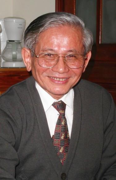 In Memoriam Phan Huy Lê