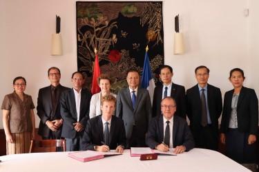 Préserver et valoriser le patrimoine du Laos: signature d'un nouveau projet à Champassak et Savannakhet
