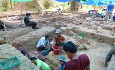 Conférence ''25 ans d'archéologie à Vat Phou. Un nouvel éclairage sur l'histoire régionale''